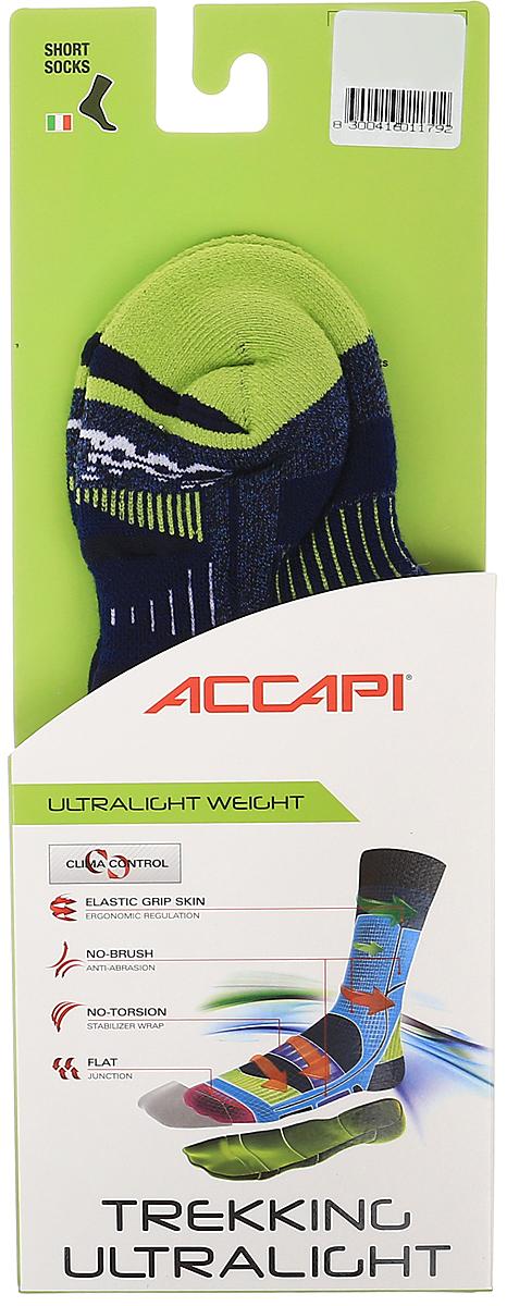 Носки Accapi Trekking Ultralight Jr, цвет: темно-синий, красный. 822_941. Размер 23/26822_941Детские носки для пеших прогулок и туризма, ткань CoolMax идеально поддерживает стопы в прохладе и комфорте. Усиления высокой плотности в области пальцев и пятки защищают от ударов, потертостей и мозолей.