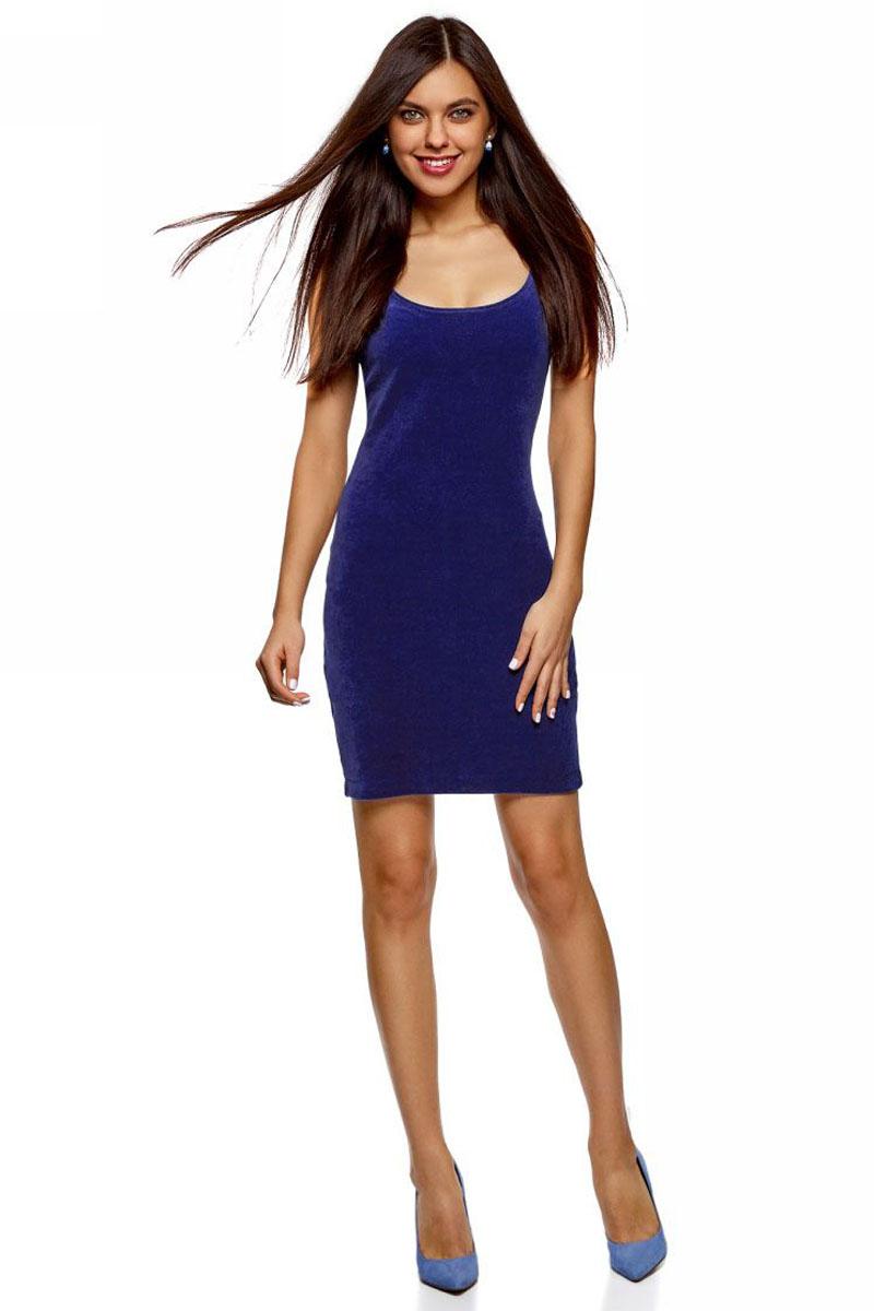 Платье oodji Ultra, цвет: индиго. 14015017-1B/48470/7800N. Размер S (44)14015017-1B/48470/7800NСтильное женское платье oodji выполнено бархатистой эластичной ткани. Модель облегающего силуэта длины мини, без рукавов, имеет круглый вырез горловины.