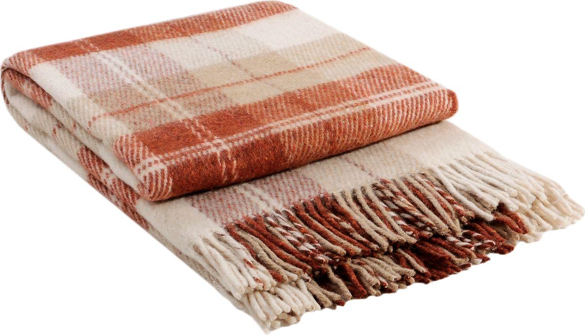 Коллекция пледов «Эльф» самая обширная в нашем ассортименте – она представлена в более чем в 50-ти разнообразных расцветках. Классическая шотландская клетка на любой вкус, качественная натуральная шерсть и практичность пледов «Эльф» доставят Вам не только эстетическое удовольствие, но и принесут пользу своим теплом в холодное время года.