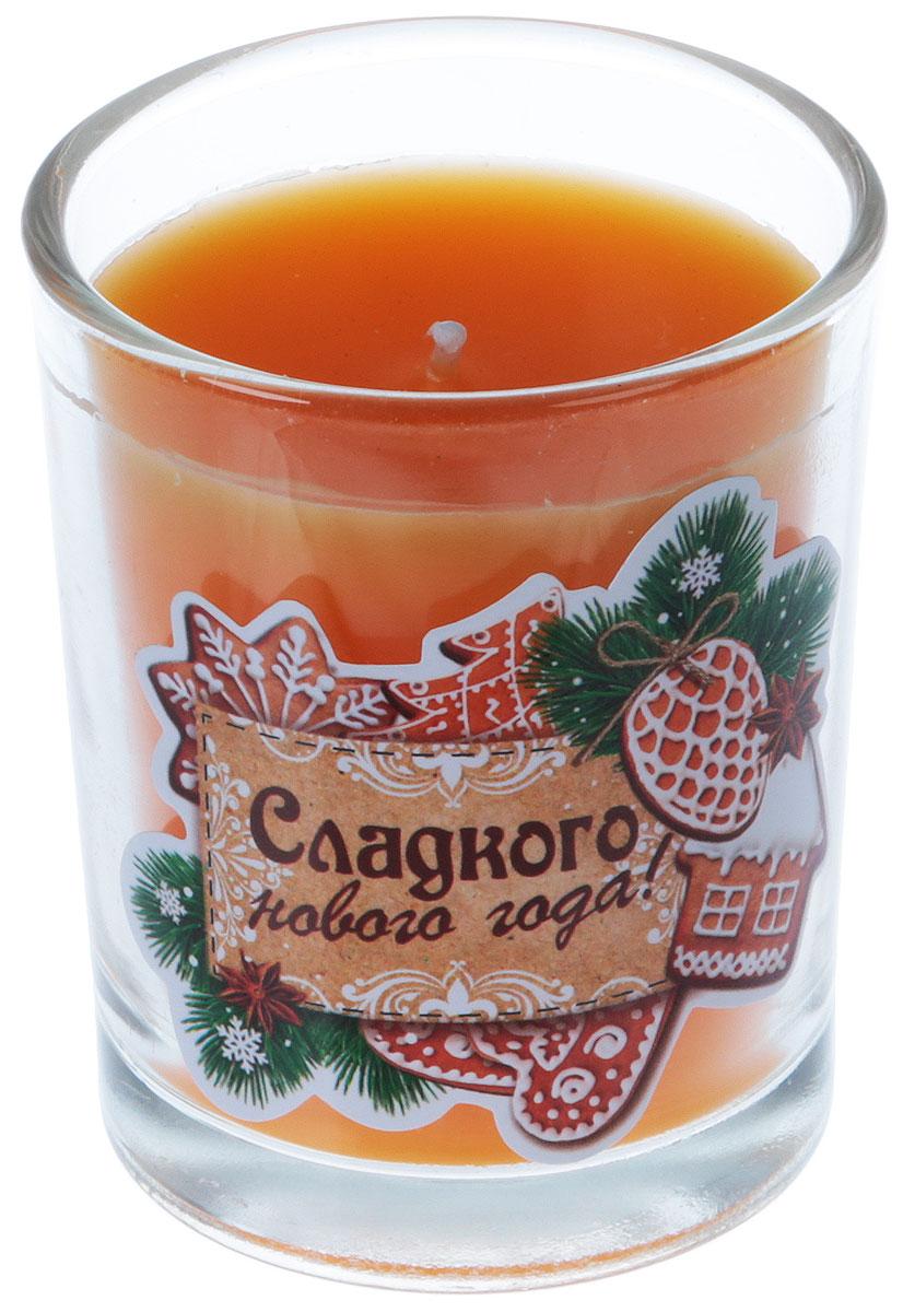 Свеча ароматизированная Sima-land Сладкого Нового года, цвет: оранжевый, высота 6 см свеча ароматизированная sima land лимон на подставке высота 6 см