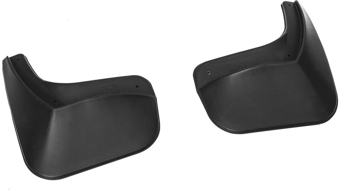 Комплект задних брызговиков Rival, для Renault Logan 2014-, 2 шт24702001Брызговики Rival защищают покрытие автомобиля от грязи, мусора и посторонних предметов, летящих из-под колес вашего автомобиля во время движения.- Брызговики изготовлены из высококачественного, нетоксичного и экологичного материала, что делает их стойкими к перепадам температур, а также придает эластичность.- Отлично вписываются во внешний облик автомобиля, выглядят как естественное продолжение колесной арки.- Надежно фиксируются в штатные технологические отверстия.В комплекте крепления и инструкция по установке.Уважаемые клиенты! Обращаем ваше внимание, что брызговики имеют форму, соответствующую модели данного автомобиля. Фото служит для визуального восприятия товара.