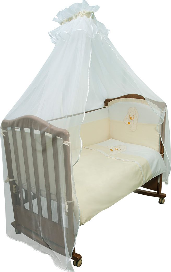 Сонный гномик Комплект белья для новорожденных Пушистик цвет светло-бежевый 7 предметов710/4Детское постельное белье в кроватку «Пушистик» - это превосходный комплект, сочетающий в себе натуральный и мягкий материал, который не вызовет аллергии у вашего малыша и ненавязчивый, но в то же время стильный и современный дизайн, который будет радовать Вас и Вашего малыша. Постельное бельё для детской кроватки Пушистик обладает отличной износостойкостью, выдерживает частые стирки и прослужит Вам долгие годы, ведь оно выполнено из лучших европейских тканей, сертифицированных в Германии и сделано с любовью и заботой о самых маленьких. Комплектация: Наволочка, подушка, балдахин, простынь на резинке, пододеяльник, одеяло, борт со съемным чехлом на молнии из 4 частей для кроватки 120х60Размер, см: Наволочка: 60х40, Подушка: 60х40, Простынь: 100х140, Пододеяльник: 110х140, Одеяло: 110х140, Борт, ДхВ: 360х38, Балдахин: 440 Балдахин: Сетка (100% ПЭ)Наполнитель: Подушка: Бамбук (плотность 200г/кв. м), Одеяло: Бамбук (плотность 250г/кв. м), Борт: Холлофайбер Хард (плотность 400г/кв. м)