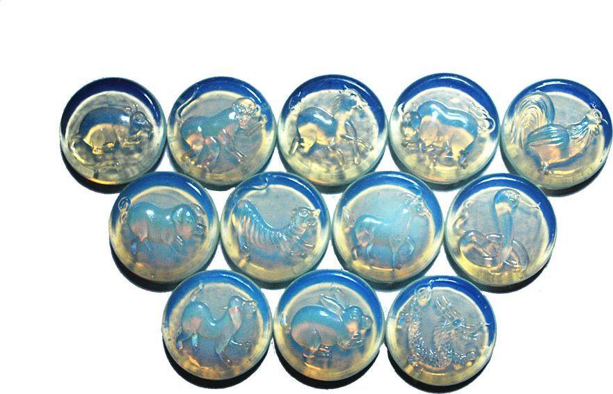 Лунный камень №1, для аквариума, со знаками восточного гороскопаЕГр60305-6Набор декоративных камней №1 замечательно подойдёт для украшения дома. Его можно использовать для создания индивидуального интерьера, а так же как наполнитель декоративных ваз. Можно использовать для аквариумов.Стеклянные камни в ванной комнате в сочетании с водой радуют своей яркостью.