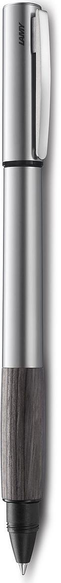 Lamy Accent Ручка-роллер 396 M63 черная цвет корпуса стальной дерево4026689LAMY accent дерево (396) Модель LAMY accent отличается особенным решением секции хвата: ее немного утолщенная и удобная форма действительно является интересным и функциональным дизайнерским акцентом. При производстве используются высококлассные материалы. Навинчивающийся колпачок имеет подпружиненный клип. Металлический корпус. Хват из натуральной карельской древесины. Чернильный роллер пишет мягко и почти без нажима - подобно перьевой ручке, но прост в обращении, как шариковая, т.к. при письме чернила подаются на бумагу с помощью шарика на конце стержня. Используется со стержнями LAMY М63. Комплектация: подарочный футляр, гарантийная карточка, буклет. Дизайн: Phoenix Product Design История бренда LAMY насчитывает более 80-ти лет, а его философия заключается в слогане Дизайн. Сделано в Германии. Компания получила более 100 самых престижных дизайнерских наград. Все пишущие инструменты LAMY производятся на фабрике в Гейдельберге (Германия).