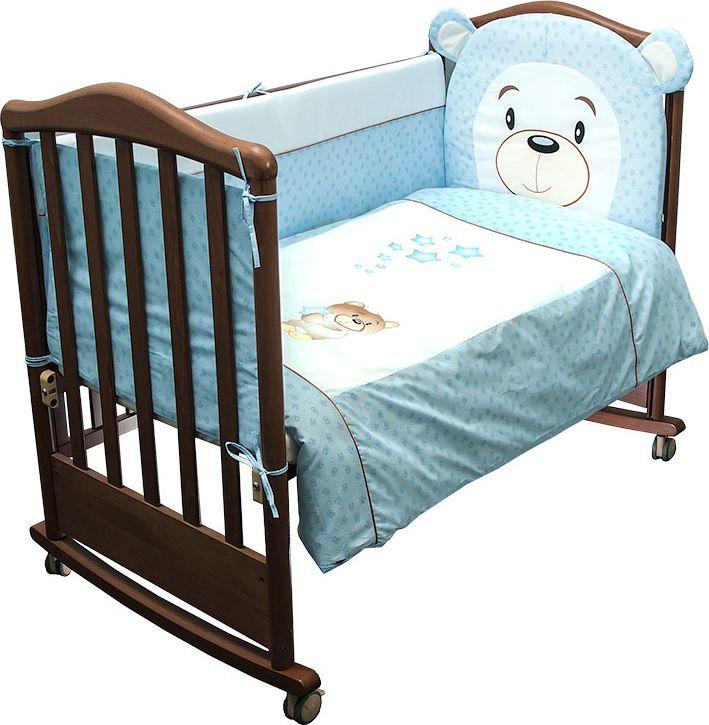 Сонный гномик Комплект белья для новорожденных Умка цвет голубой 6 предметов676/1Постельное белье для новорожденных Умка, выполненное из натурального хлопка плотного плетения (110 г/м2), отлично сохраняет тепло иподдерживает комфортную температуру для малыша, при этом не вызывая аллергии. Благодаря высокому качеству материала, обладаетотличной износостойкостью, комплекты выдерживают частые стирки и прослужат вам не один год, при этом сохраняя прекрасный внешний вид,яркий рисунок и основные свойства. Съемные чехлы на молнии бортиков упростят уход и сэкономят маме дополнительное время для отдыха.Раздельные бортики на 4 стороны кроватки легко крепятся благодаря прочным завязкам с верхней и нижней стороны. Комплектация:наволочка, подушка, простынь на резинке, пододеяльник, одеяло, борт со съемным чехлом на молнии из 4 частей для кроватки 120 х 60 см.Размер наволочки: 60 х 40 см. Размер подушки: 60 х 40 см. Размер простыни: 100 х 140 см. Размер пододеяльника: 110 х 140 см. Размер одеяла: 110 х 140 см. Размер борта: 360 х 43 см.Наполнитель подушки: холлофайбер (плотность 200 г/м2). Наполнитель одеяла: холлофайбер (плотность 200 г/м2). Наполнитель борта: холлофайбер хард (плотность 400 г/м2).