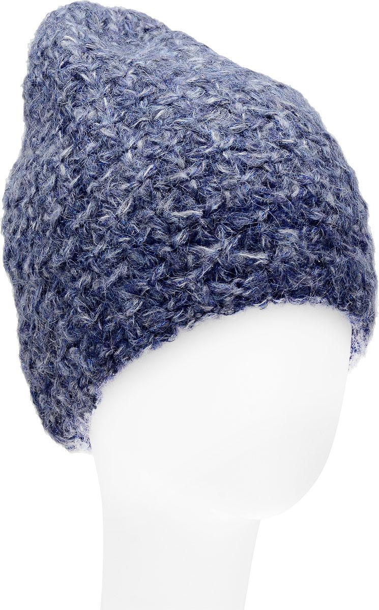 Шапка женская Dispacci, цвет: синий. 21203IR. Размер 56/5821203IRСтильная женская шапка с меховым помпоном Dispacci, изготовлена из пряжи с высоким содержанием мохера и шерсти, исключительно мягкая, комфортная и теплая. Трехцветное мулине и двухцветная люрексовая нить, делает эту модель наиболее эффектной и не забываемой. Практичная форма шапки делает ее очень комфортной, а маленькая аккуратная металлическая пластина с названием бренда подчеркивает ее оригинальность.