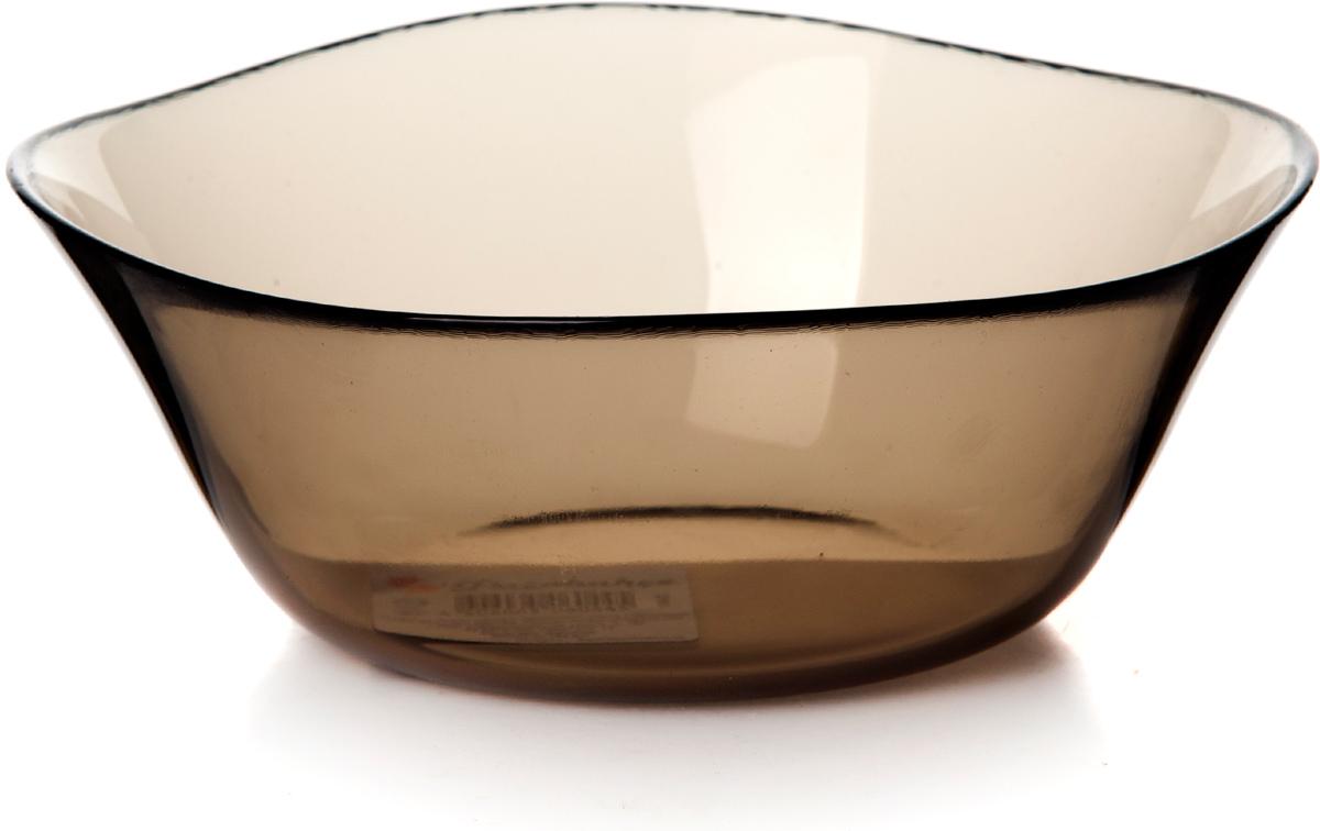 Салатник Pasabahce Броунз, цвет: коричневый, диаметр 15,4 см10542SLBZСалатник Pasabahce Броунз изготовлен из закаленного стекла invitation. Через прозрачные тонированные стенки видны все ингредиенты, что выглядит достаточно эффектно при подаче блюда на стол.Такой салатник придется по душе любителям минималистического стиля.
