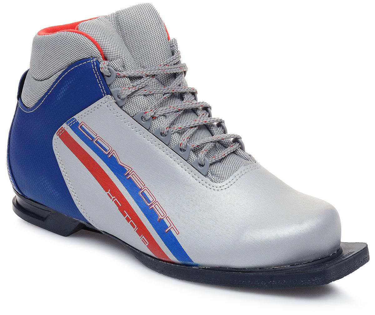 Ботинки лыжные Marax, цвет: серебристый, синий, черный. М350. Размер 44М350_серебряный, синий, красный_44Лыжные ботинки Marax предназначены для активного отдыха. Модельизготовлена из морозостойкой искусственной кожи и текстиля. Подкладка выполнена из искусственного меха и флиса, благодаря чему ваши ноги всегда будут в тепле. Шерстяная стелька комфортна при беге. Вставка на заднике обеспечивает дополнительную жесткость, позволяя дольше сохранять первоначальную форму ботинка и предотвращать натирание стопы. Ботинки снабжены шнуровкой с пластиковыми петлями и язычком-клапаном, который защищает от попадания снега и влаги. Подошва системы 75 мм из двухкомпонентной резины является надежной и весьма простой системой крепежа и позволяет безбоязненно использовать ботинокдо -25°С. В таких лыжных ботинках вам будет комфортно и уютно.