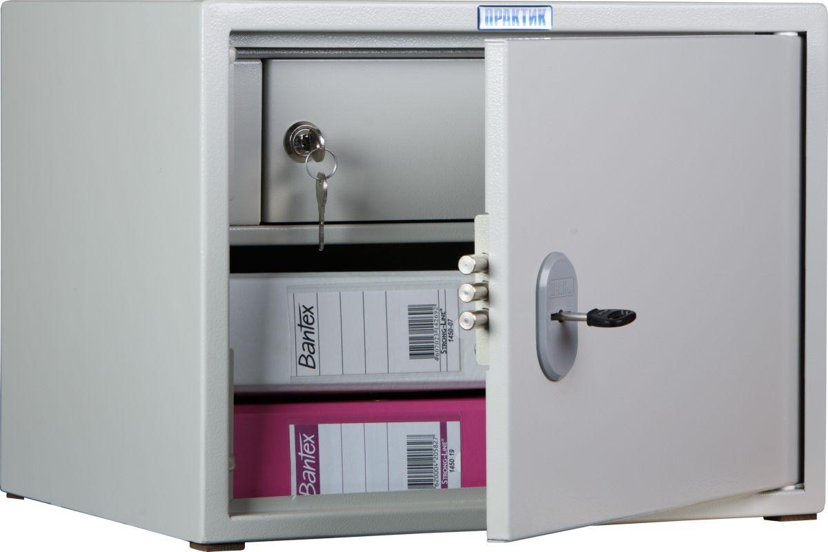 Сейф Практик SL-32TS10799030502Офисный металлический шкаф, предназначенный для наиболее удобной организации хранения деловых документов, присутствующих в любом современном офисе. Качество шкафа гарантируется сертификатами соответствия ГОСТ 16371-93 и ТР ТС 025/2012 О безопасности мебельной продукции.Это прочное сварное изделие из стальных листов толщиной 1.2 мм. На дверь устанавливается трёхригельный ключевой замок Практик сувальдного типа.Внутри модели расположено кассовое отделение со своим замком. В шкафу можно разместить две папки-регистратора (60 мм) формата А4 типа Корона, Bantex и так далее.Помимо функциональности, изделие обладает привлекательным внешним видом: светло-серое порошковое покрытие впишется в интерьер любого офиса, а также защитит поверхность от незначительных бытовых повреждений.