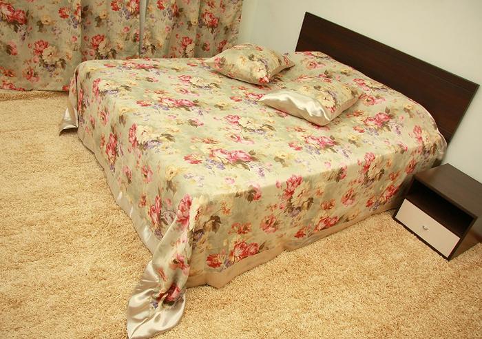 Комплект МарТекс Роза: покрывало 240 х 260 см, 2 наволочки 50 х 70 см, 2 шторы 130 х 270 см. 05-0310-4 покрывало arya tilda 250 х 260 см
