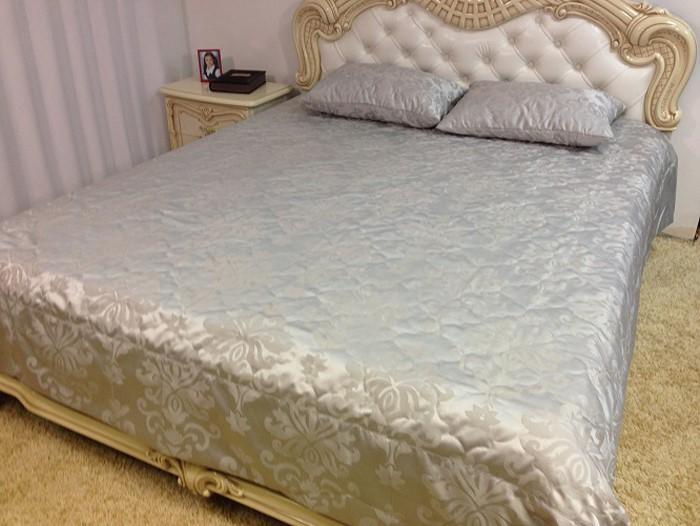 Комплект для спальни МарТекс Лолита: покрывало 240 х 260 см, 2 наволочки 50 х 70 см, цвет: серый. 05-0366-405-0366-4Комплект покрывало стег. Лолита с навол. 240 х 260, 50 х 70. Жаккард
