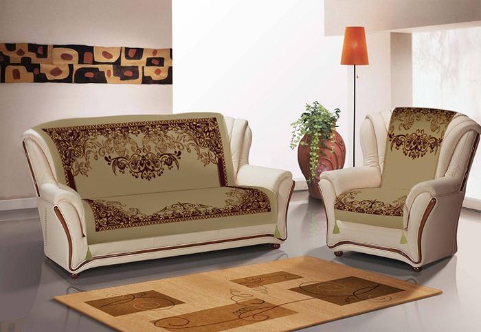 Накидки на 2 кресла из плотной ткани в мелкий рубчик - микровельвет. Дизайн выполнен  методом сублимационной печати, прочной и безопасной для здоровья. Краски не линяют и  не стираются. Покрывало и накидки на кресла декорированы золотистыми кисточками.  Состав 80% хлопок, 20% полиэстер.  Уход: стирка при деликатном режиме и температуре не выше 40°С, глажка в режиме хлопка.