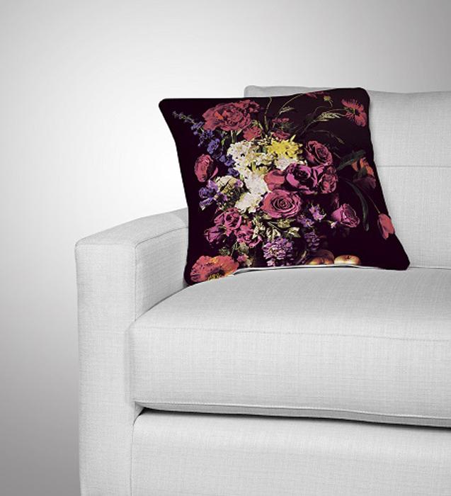 Подушка декоративная МарТекс Фиолет, цвет: фиолетовый, 45 х 45 см16-0610-1Декоративная подушка, рисунок выполнен методом фотопечати. Наполнение полое силиконизированное волокно Hollow Fiber.