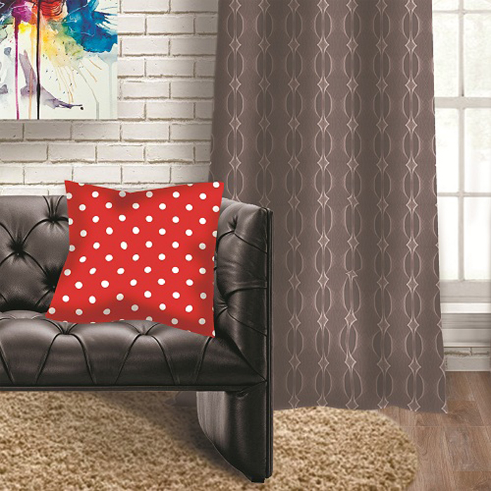 Подушка декоративная МарТекс Красный горошек, цвет: красный, 45 х 45 см