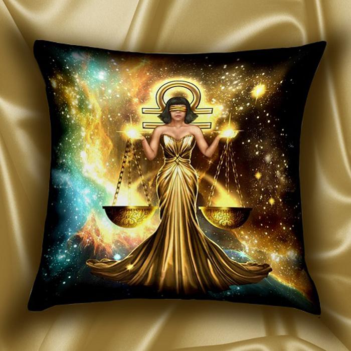 Подушка декоративная МарТекс Звездный круг. Весы, цвет: золотой, 45 х 45 см16-1583-1Декоративная подушка, рисунок выполнен методом фотопечати. Наполнение полое силиконизированное волокно Hollow Fiber.