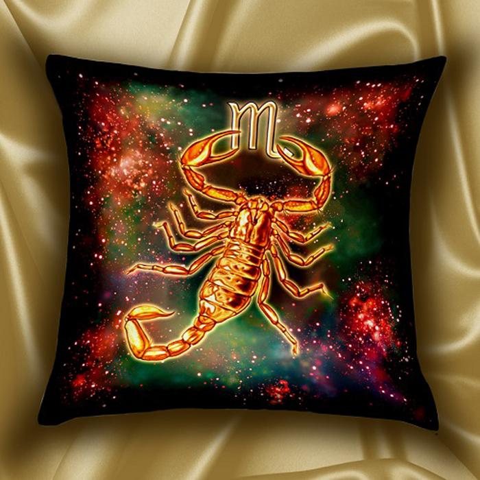 Подушка декоративная МарТекс Звездный круг. Скорпион, цвет: красный, золотой, 45 х 45 см