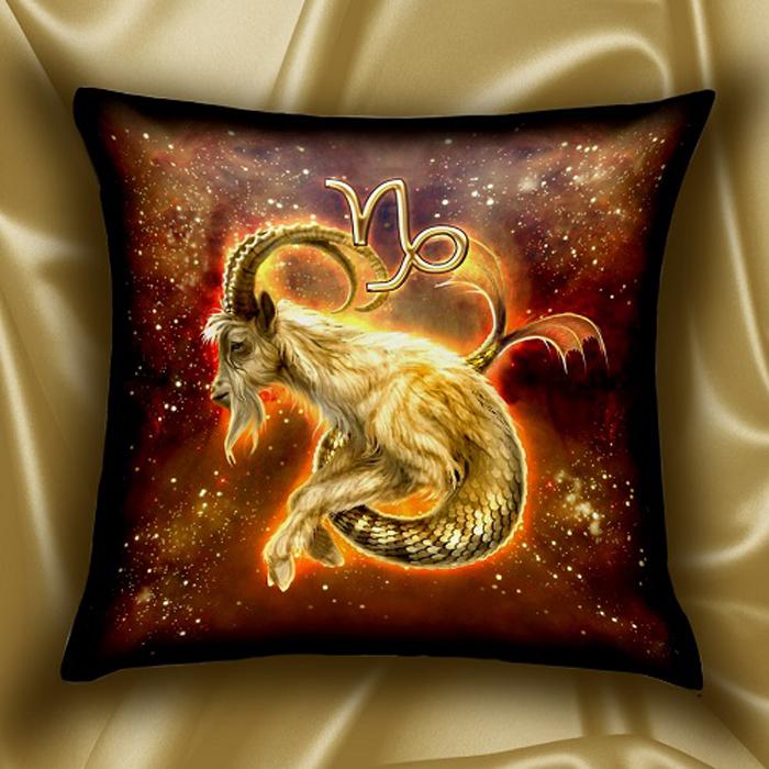 Подушка декоративная МарТекс Звездный круг. Козерог, цвет: золотой, 45 х 45 см16-1586-1Декоративная подушка, рисунок выполнен методом фотопечати. Наполнение: полое силиконизированное волокно Hollow Fiber.