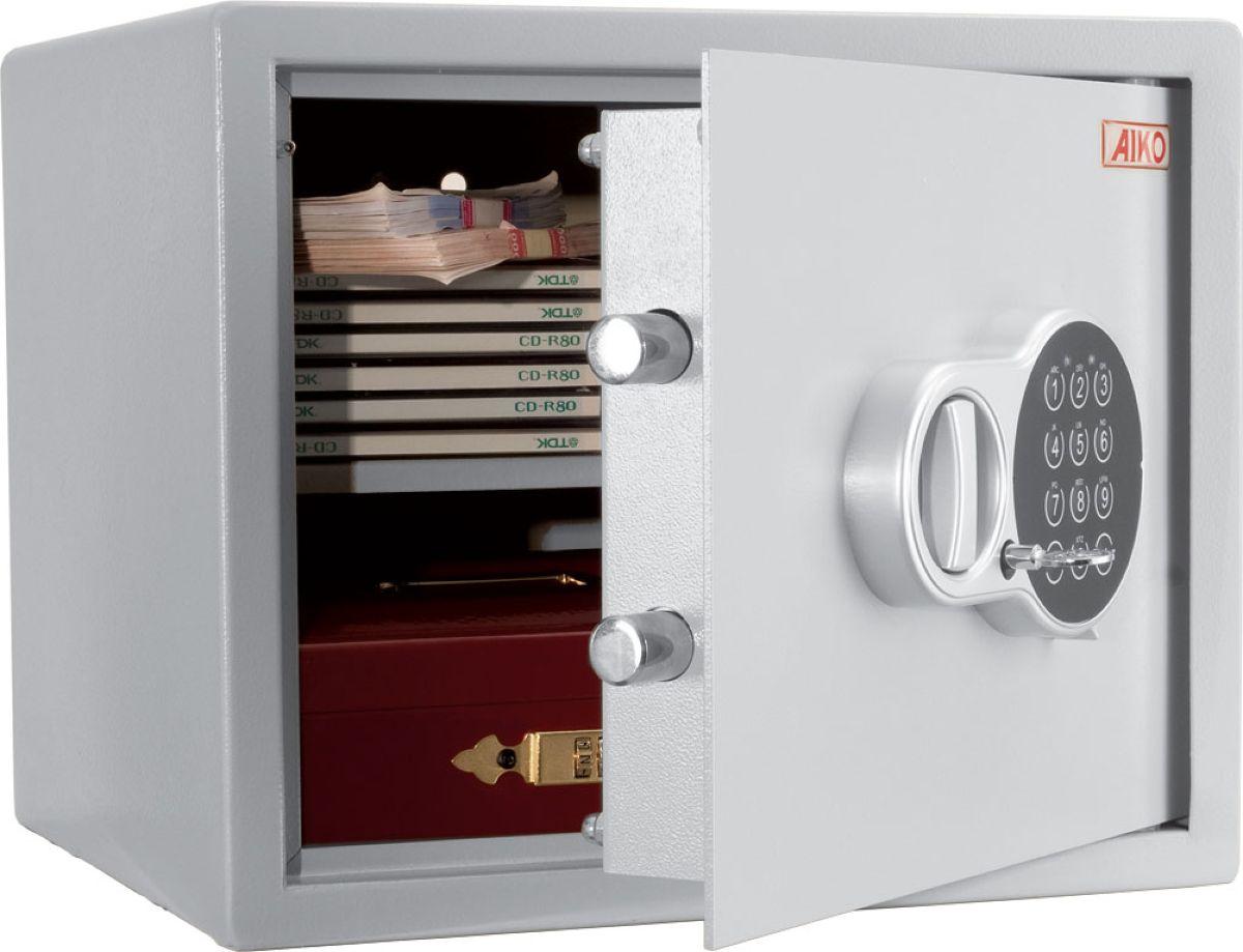 """Сейф Aiko """"T-28.EL"""" - усиленный металлический ящик для защиты от несанкционированного доступа к особо ценным вещам, оружию, документам.  Его прочная сварная конструкция из стали толщиной 1,2 мм с усиленной дверцей, толщина лицевой панели которой 2,8 мм, запирающейся  кодовым электронным замком PLS-3 (Россия) с защитой от подбора кода и функцией аварийного открывания с помощью мастер-ключа -  прослужит вам очень долго. Замок работает с кодовыми комбинациями из 4-6 цифр, его питание осуществляется от четырех батареек класса ААА на 1,5В. В зависимости от интенсивности эксплуатации, заряда хватает, примерно, на год-полтора.  Встроенная индикация сигнализирует о падении напряжения в рабочей системе.  Доступ к батарейкам осуществляется с наружной стороны дверцы. Память замка не зависти от заряда батареи и рабочий код не сбрасывается.  Поверхность сейфа покрыта износостойким порошковым покрытием. Так же, конструкционно предусмотрена возможность анкерного крепления сейфа к стене. Внутри предусмотрена полка.  Сейфы линии Aiko целиком отвечают требованиям МВД РФ к хранению короткоствольного оружия и сертифицированы на устойчивость к взлому по стандарту ГОСТ Р 50862-2005."""