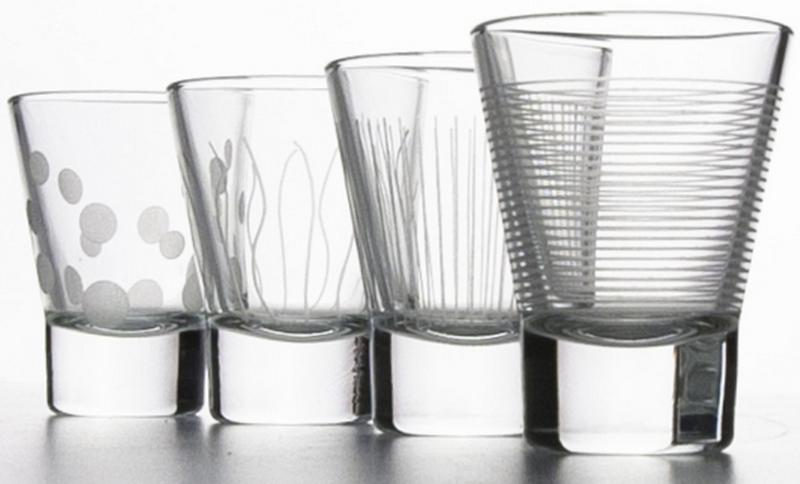 Набор стопок ЛАУНЖ КЛАБ, 4 штуки. Производитель: ARC International. Материал: Стекло. Объем: 50 мл. Можно мыть в посудомоечной машине.