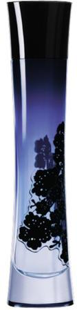 Giorgio Armani Armani Code Donna Парфюмерная вода женская, 75 МЛDM13237Женский аромат Armani Code воплощает мечту...об удивительном цветке, который преломляет лучи солнца. Армани хотел претворить этот цветочный мотив в жизнь и создал вышитый кружевной жакет, который открывает кожу и в то же время не показывает ее, позволяя играть в увлекательную игру соблазна. Этот дизайн воплотил в себе представления Джорджио Армани об искусстве соблазна: - Открыть, не показывая, - Соблазнить, не провоцируя, - Скрыть, чтобы подчеркнуть лучшее. Этот код соблазна теперь есть и в парфюмерном гардеробе женщин - Armani Code. Парфюмерная вода Armani Code - это настоящее ароматическое кружево, сплетенное из нот абсолюта цветов апельсинового дерева, имбиря, жасмина самбак и сандала.Начальные ноты: имбирь; горький апельсин. Ноты сердца: жасмин самбак; флердоранж.Базовые ноты: спелая груша; ваниль; лепестки жасмина; лаванда; цветок серинга; душистый мед; имбирь.