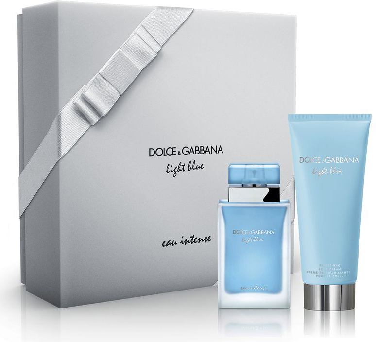 Dolce&Gabbana Парфюмерный набор Light Blue Intense: парфюмерная вода 50 мл, крем для тела 100 мл3035505DGАромат раскрывается пронзительным, захватывающим дуэтом: лучезарный лимон и свежее яблоко Гренни Смит. Фруктовые и цветочные грани изящного аккорда календулы гармонично вплетаются в сердечные ноты: дурманящий вихрь лепестков жасмина. Знаковый шлейф аромата, в котором роскошная амбра с древесными аккордами и драгоценный мускус тают в объятиях друг друга, рождая образ согретой солнцем кожи, раскрывается в яркое, чувственное послесловие. Light Blue Eau Intense больше, чем аромат - это аура средиземноморской красоты.Краткий гид по парфюмерии: виды, ноты, ароматы, советы по выбору. Статья OZON Гид