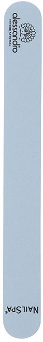 Alessandro Профессиональная пилка для мягких ногтей, 180/18005-418Профессиональная пилка для ногтей Alessandro подходит для обработки мягких ногтей. Она поможет придать ногтям идеальную форму, как в салонах, так и домашних условиях. Высококачественное покрытие пилок обеспечивает идеальную обработку ногтя и долгий срок службы. Характеристики:Размер пилки: 18 см х 2 см х 0,4 см. Зернистость: 180/180 Артикул: 05-418. Производитель: Германия. Товар сертифицирован.Как ухаживать за ногтями: советы эксперта. Статья OZON Гид