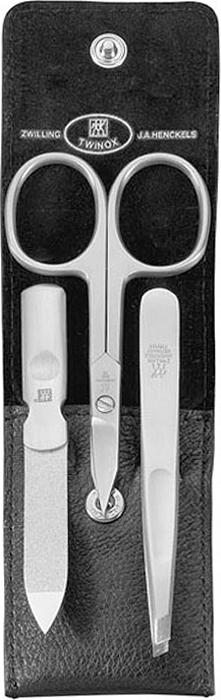 Zwilling Маникюрный набор Twinox, цвет: черный, 3 предмета. 97266-00497266-004Маникюрный набор Zwilling Twinox, состоит из 3 предметов: ножниц комбинированных для ногтей и кутикулы, скошенного пинцета, пилочки для ногтей. Инструменты изготовлены из высококачественной нержавеющей стали и хранятся в футляре черного цвета из натуральной кожи, закрывающемся небольшим клапаном на металлической кнопке.Уход: Инструменты предохранять от падения на пол. Время от времени смазывать чистым маслом область соединения, винт, внутреннюю часть и режущие кромки кусачек и ножниц. Использовать только по назначению! Затачивать инструменты у специалиста. Хранить в недоступном для детей месте. Характеристики:Материал: нержавеющая сталь. Длина ножниц для ногтей и кутикулы: 9 см. Длина пинцета: 9 см. Общая длина пилочки: 9 см. Длина пилящей поверхности: 4,4 см. Материал футляра: металл, натуральная кожа. Размер футляра (ДШВ): 10 см х 5,2 см х 1,5 см. Размер упаковки (ДШВ): 12 см х 6,8 см х 3 см. Производитель: Италия. Артикул: 97266-004. Товар сертифицирован.Как ухаживать за ногтями: советы эксперта. Статья OZON Гид