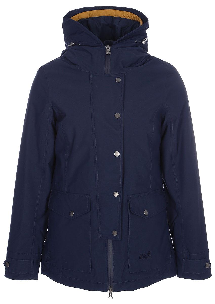 Куртка женская Jack Wolfskin Devon Island, цвет: темно-синий. 1109321-1910. Размер S (44/46)1109321-1910Водонепроницаемая куртка 3 в 1 Jack Wolfskin Devon Island состоит из двух курток, состегивающихся между собой. Утепленная внутренняя куртка приталенного кроя с воротником-стойкой и вшитым капюшоном застегивается на молнию с внутренней ветрозащитной планкой и дополнена двумя прорезными карманами на молнии. Куртка изготовлена из легкого, ветро- и водостойкого материала Softtouch Taffeta, в качестве наполнителя использован эффективный синтетический утеплитель Microguard (100 г/м2).Внешняя куртка с глубоким вшитым капюшоном с возможностью регулировать внутренний объем и область обзора застегивается на молнию с ветрозащитной планкой на кнопках и дополнена 4 карманами на бедрах и внутренним карманом. Манжеты рукавов имеют хлястики на кнопках, позволяющие регулировать объем. Куртка изготовлена из материала Texapore Herringbone 2L, это прочная, похожая на хлопок, водонепроницаемая и дышащая ткань с узором в елочку (водостойкость в мм водяного столба: 10 000 мм, паропроницаемость (MVTR): > 6000 г/м2/24 ч). Холодный ветер и мокрый снег - подходящая погода для куртки 3 в 1 Devon Island. Просто наденьте суперглубокий капюшон, глухо застегните куртку и направляйтесь на встречу повседневным приключениям. И неважно, какая на улице погода. Ткань Texapore гарантированно не даст вам промокнуть. Комфортный микроклимат - это тоже типичное ее свойство. Утепленная внутренняя куртка сохранит тепло на протяжении долгих дней, проведенных в холоде. А летом, если вам нужна ветровка, или осенью, если необходима теплая внутренняя куртка, вы можете отстегнуть ее с помощью системной застежки-молнии и носить два изделия по отдельности.