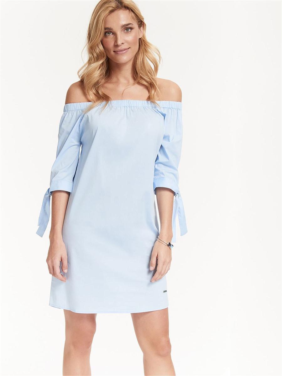 Платье Top Secret, цвет: голубой. SSU1914BL. Размер 34 (42)SSU1914BLИзысканное платье Top Secret изготовлено из хлопка с добавлением эластана и полиамида. Изделие имеет вырез кармен, который подчеркивает красоту декольте. Это модное и удобное платье станет превосходным дополнением к вашему гардеробу. Модель подарит вам удобство и поможет вам подчеркнуть вкус и неповторимый стиль.