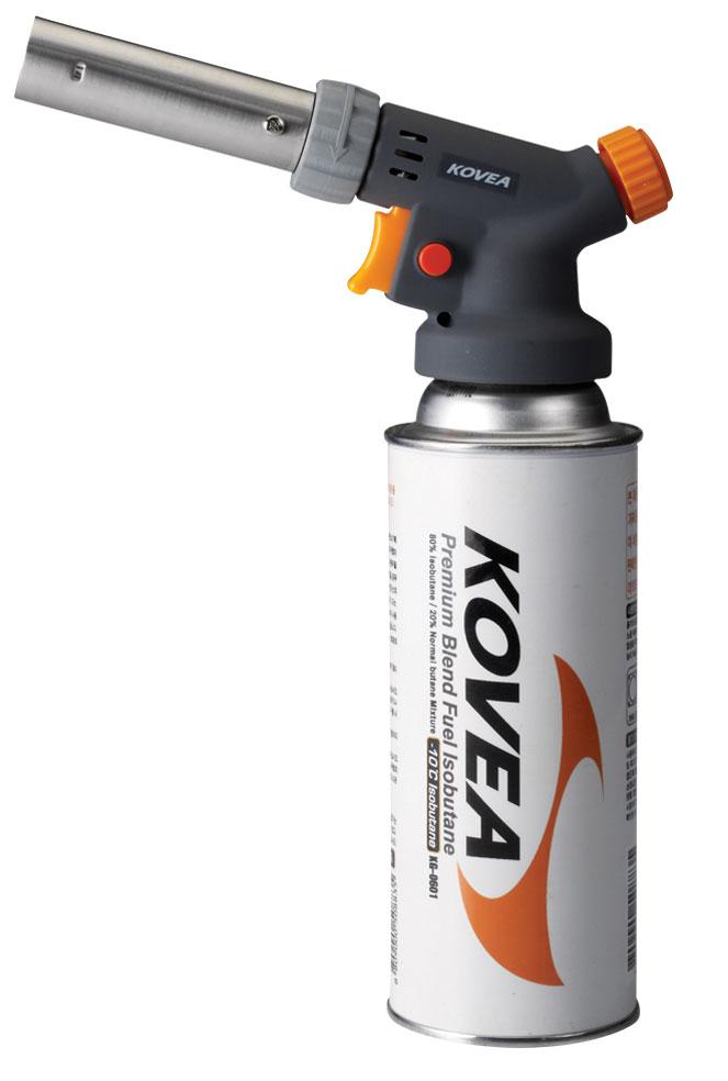 Резак газовый Kovea KT-120940172Газовый резак с мульти-регулировкой пламени, пьезоподжигом, блокировку поджига и очень тонкую регулировку газовой струи, c температурой до 1300°С. Наличие предварительного подогрева газа позволяет работать газовому резаку в перевернутом состоянии. Газовый резак рассчитан для установки на высокий, цанговый газовый баллон Kovea KGF-220.Вес: 180 г.Свободное вращение: возможно. Пьезоэлемент: есть. Расход топлива: 106 г/ч.