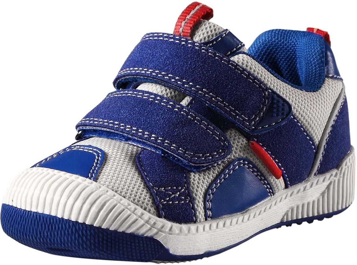 Кроссовки детские Reima Knappe, цвет: синий, серый. 5693006840. Размер 265693006840Стильные детские кроссовки Knappe от Reima прекрасно подойдут для ежедневной носки. Модель выполнена из текстиля со вставками из полиуретана. Резиновый каркас носка защищает детскую стопу от ударов. Ремешки на застежках-липучках надежно фиксируют модель на ноге. Задник и язычок оснащены ярлычками, предназначенными для удобства обувания. Мягкая стелька из EVA-материала с текстильной поверхностью гарантирует максимальный комфорт при ходьбе. Термопластичная резиновая подошва с рифлением гарантирует отличное сцепление с поверхностью.Удобные кроссовки придутся по душе вам и вашему ребенку!