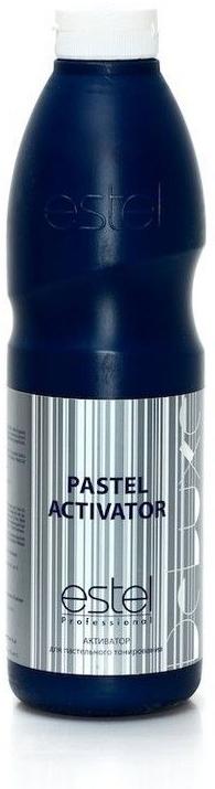 Estel Активатор De Luxe 1,5%, 900 млLA/900Активатор 1,5% применяется с крем-красками ESTEL DE LUXE для интенсивного тонирования. Образует удобную для нанесения кремообразную консистенцию, оказывает щадящее воздействие на волосы. Экономичен в использовании. Мягкая стабильная формула активатора позволяет сочетать великолепное качество окрашивания с эффективной заботой о волосах. Объем: 900 мл