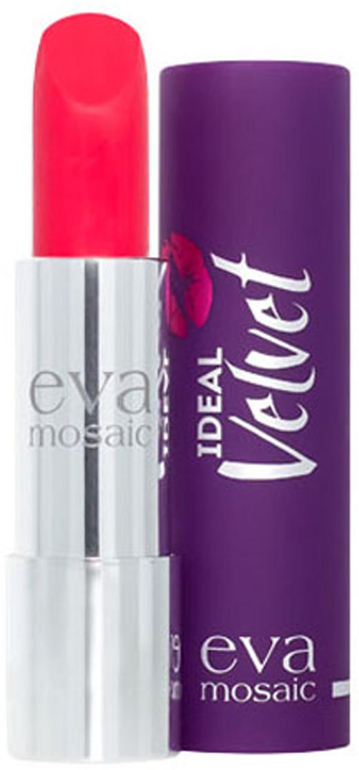 Eva Mosaic Губная помада Ideal Velvet матовая, 4,3 г, 05821979Матовая с высоким содержанием пигмента формула помады подарит вашим губам интенсивный цвет. Превосходно наносится, оставляя тонкое равномерное устойчивое покрытие. Входящие в состав витамины E и F смягчают и увлажняют нежную кожу губ в течение всего дня. Не содержит силикона. Помаду можно наносить самостоятельно или в сочетании с контурным карандашом. Для наилучшего результата рекомендуется наносить на предварительно увлажненную кожу губ.Какая губная помада лучше. Статья OZON Гид