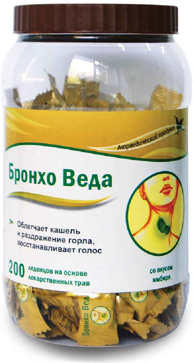 Бронхо Веда леденцы травяные №200 (со вкусом имбиря)223899БРОНХО ВЕДА (Травяные леденцы со вкусом имбиря) - леденцы на основе лекарственных трав, созданные по канонам Аюрведической медицины; облегчают кашель и раздражение горла, восстанавливают голос. Сфера применения: ОториноларингологияПротив гриппа и простуды