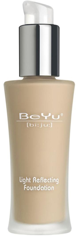 BeYu Крем тональный Light Reflecting Foundation, тон №01, 30 мл38621Легкий тональный крем BeYu Light Reflecting Foundation создан для преображения вашей кожи. Светоотражающие частицы в его составе рассеивают свет и сглаживают мелкие недостатки кожи, делая ее совершенной при любом освещении. Он особенно подходит обладательницам смешанного типа кожи: входящий в состав уникальный компонент сквален кондиционирует и питает кожу. Специальные абсорбенты активизируются только на жирных участкахлица, матируя и предотвращая появление блеска. Крем содержит витамин Е и солнцезащитный фильтр SPF 8, что надежно оградит вашу кожу от вредного воздействия окружающей среды. Стильный флакон из матового стекла, с дозатором особенно удобен в применении, его гигиеничность и экономичность сложно недооценить. Характеристики: Объем: 30 мл. Тон: №01. Производитель: Германия. Артикул:38621. Товар сертифицирован.