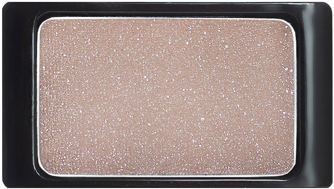 Artdeco Тени для век, с блестками, 1 цвет, тон №345, 0,8 г30.345Тени для век Artdeco с блестками - шелковистые мягкие тени с мерцающим блеском, придадут вашему макияжу шик и роскошь. Подобранные в изящные магнитные палитры они придадут обворожительное сияние любому вашему событию! Характеристики:Вес: 0,8 г. Тон: №345. Производитель: Германия. Артикул: 30.345. Товар сертифицирован.