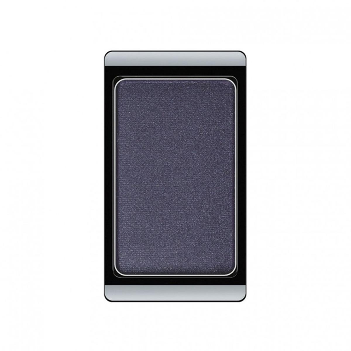 Artdeco Тени для век, перламутровые, 1 цвет, тон №80, 0,8 г30.80Перламутровые тени для век Artdeco придадут вашему взгляду выразительную глубину. Их отличает высокая стойкость и невероятно легкое нанесение. Это профессиональный продукт для несравненного результата! Упаковка на магнитах позволяет комбинировать тени по вашему выбору в элегантные коробочки. Тени Artdeco дарят возможность почувствовать себя своим собственным художником по макияжу!Характеристики:Вес: 0,8 г. Тон: №80. Производитель: Германия. Артикул: 30.80. Товар сертифицирован.