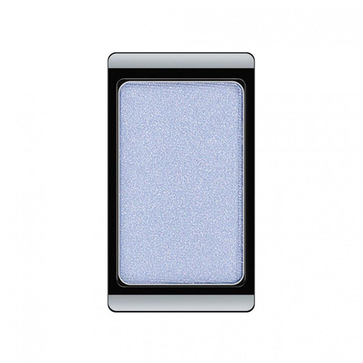 Artdeco Тени для век, перламутровые, 1 цвет, тон №75, 0,8 г30.75Перламутровые тени для век Artdeco придадут вашему взгляду выразительную глубину. Их отличает высокая стойкость и невероятно легкое нанесение. Это профессиональный продукт для несравненного результата! Упаковка на магнитах позволяет комбинировать тени по вашему выбору в элегантные коробочки. Тени Artdeco дарят возможность почувствовать себя своим собственным художником по макияжу! Характеристики:Вес: 0,8 г. Тон: №75. Производитель: Германия. Артикул: 30.75. Товар сертифицирован.