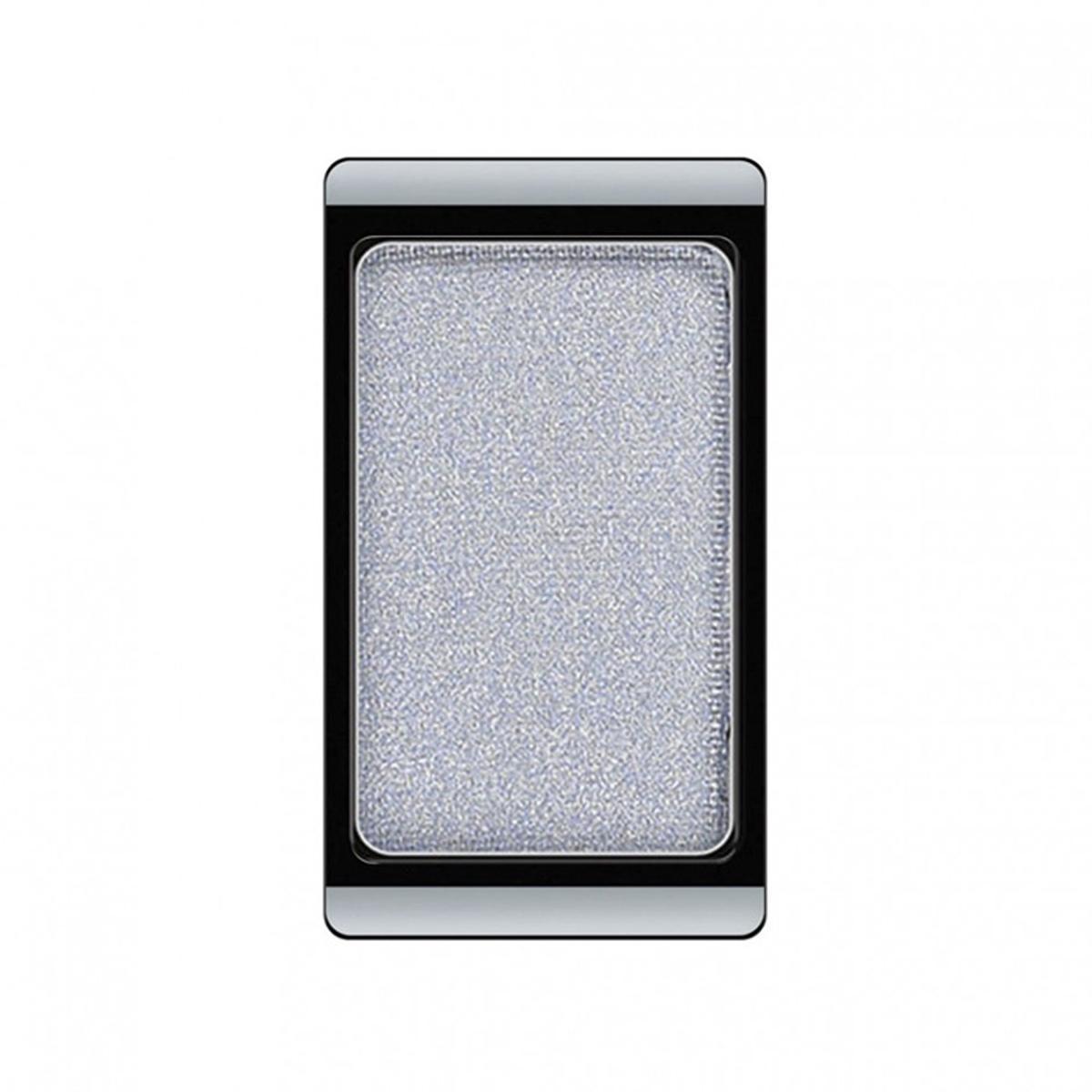 Artdeco Тени для век, перламутровые, 1 цвет, тон №74, 0,8 г30.74Перламутровые тени для век Artdeco придадут вашему взгляду выразительную глубину. Их отличает высокая стойкость и невероятно легкое нанесение. Это профессиональный продукт для несравненного результата! Упаковка на магнитах позволяет комбинировать тени по вашему выбору в элегантные коробочки. Тени Artdeco дарят возможность почувствовать себя своим собственным художником по макияжу!Характеристики:Вес: 0,8 г. Тон: №74. Производитель: Германия. Артикул: 30.74. Товар сертифицирован.