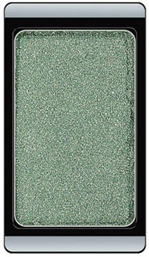 Artdeco Тени для век голографические, 1 цвет, тон №250, 0,8 г3.250Голографические тени для век Artdeco, меняя свои оттенки в зависимости от освещения, создают пленительный и загадочный образ. Их инновационная формула придает взгляду сияние. Благодаря системе мозаики вы сможете легко скомбинировать и подобрать по желанию любую палитру. Характеристики:Вес: 0,8 г. Тон: №250. Производитель: Германия. Артикул: 3.250. Товар сертифицирован.