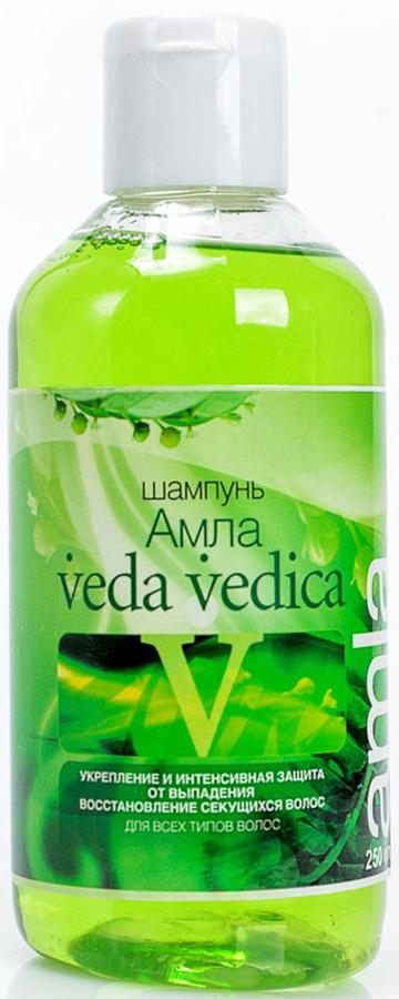 Veda Vedica Шампунь для волос Амла, 250 мл8906015080759Очищает и охлаждает волосы и кожу головы, питает витамином С, препятствует преждевременной седине. Для любого типа волос.