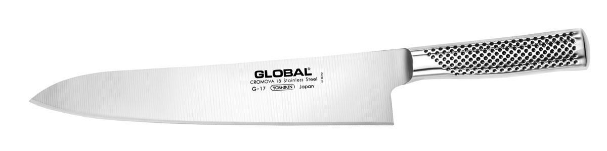Нож поварской Global, длина лезвия 27 смG-17Бренд Global выбор многих поваров со всего мира, ножи этого производителя известны своей универсальностью и исключительной ловкостью.Отличительной чертой японских ножей Global являются их рукоятки и уникальная бесшовная конструкция. Рукоятки и лезвия изготовлены из одного, цельного полотна нержавеющей стали, что делает ножи максимально гигиеничными и прочными. На них не скапливается грязь, и их очень легко мыть. Покрытие рукоятки специальными ямочками-впадинами, обеспечивает удобный и надежный захват.Лезвие изготовлено из специального материала Cromova 18 Sanso, который состоит из трех слоев нержавеющей стали (центрального и двух боковых). Центральный слой режущей поверхности сделан из нержавеющей стали Cromova 18 (хром, молибден, ванадий) с твердостью по шкале Роквелла 58-59 единиц и заточен к острому краю, что дает удивительные результаты при резке. Этот слой заключен между двумя боковыми слоями более мягкой нержавеющей стали SUS 410, что помогает защитить лезвие от скалывания и коррозии. Еще одной важной отличительной характеристикой ножа является его идеальная балансировка. Полая ручка ножа заполнена песком, количество которого точно рассчитано, чтобы обеспечить наиболее оптимальное соотношение веса лезвия и рукоятки. Этот метод позволяет добиться максимально точной балансировки.Не рекомендуется использование в посудомоечной машине.