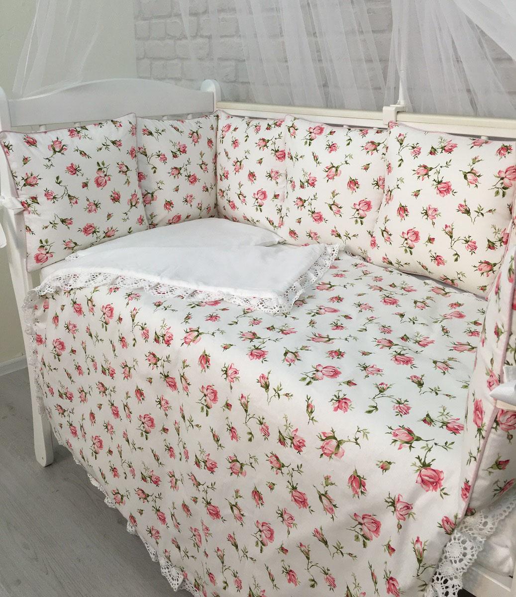 """Комплект """"Розы"""" произведен 100 % хлопка. Розочки делают комплект нежным и очень девчачьим. Набор подходит для кроваток с размерами 60 х 120 см и 65 х 125 см. Все чехлы на бортиках съемные с потайной молнией. В наборе: подушка-бортик 34 х 34 см - 12 шт., подушка для малыша 30 х 45 см - 1 шт., наволочка 30 х 45 см - 1 шт., простыня на резинке -1 шт., плед 100 х 120 см.  Состав: ткань 100% хлопок, наполнитель холлофайбер. Перед первым применением необходимо постирать. Уход: бережная стирка."""