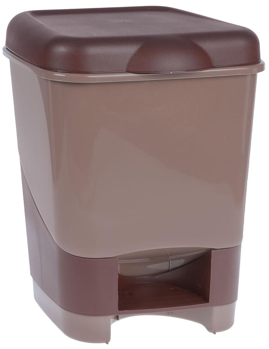 Контейнер для мусора Полимербыт, с педалью, цвет: коричневый, шоколадный, 20 лС428_коричневый, шоколадныйКонтейнер для мусора Полимербыт изготовлен из высококачественного цветного пластика. Контейнер оснащен педалью, с помощью которой можно открыть крышку. Крышка плотно прилегает, предотвращая распространение запаха. Бороться с мелким мусором станет легко. Контейнер для мусора Полимербыт - это не только емкость для хранения мусора, но и яркий предмет декора, который оригинально украсит интерьер кухни или ванной комнаты.Размер контейнера: 32 х 30 х 41,5 см.