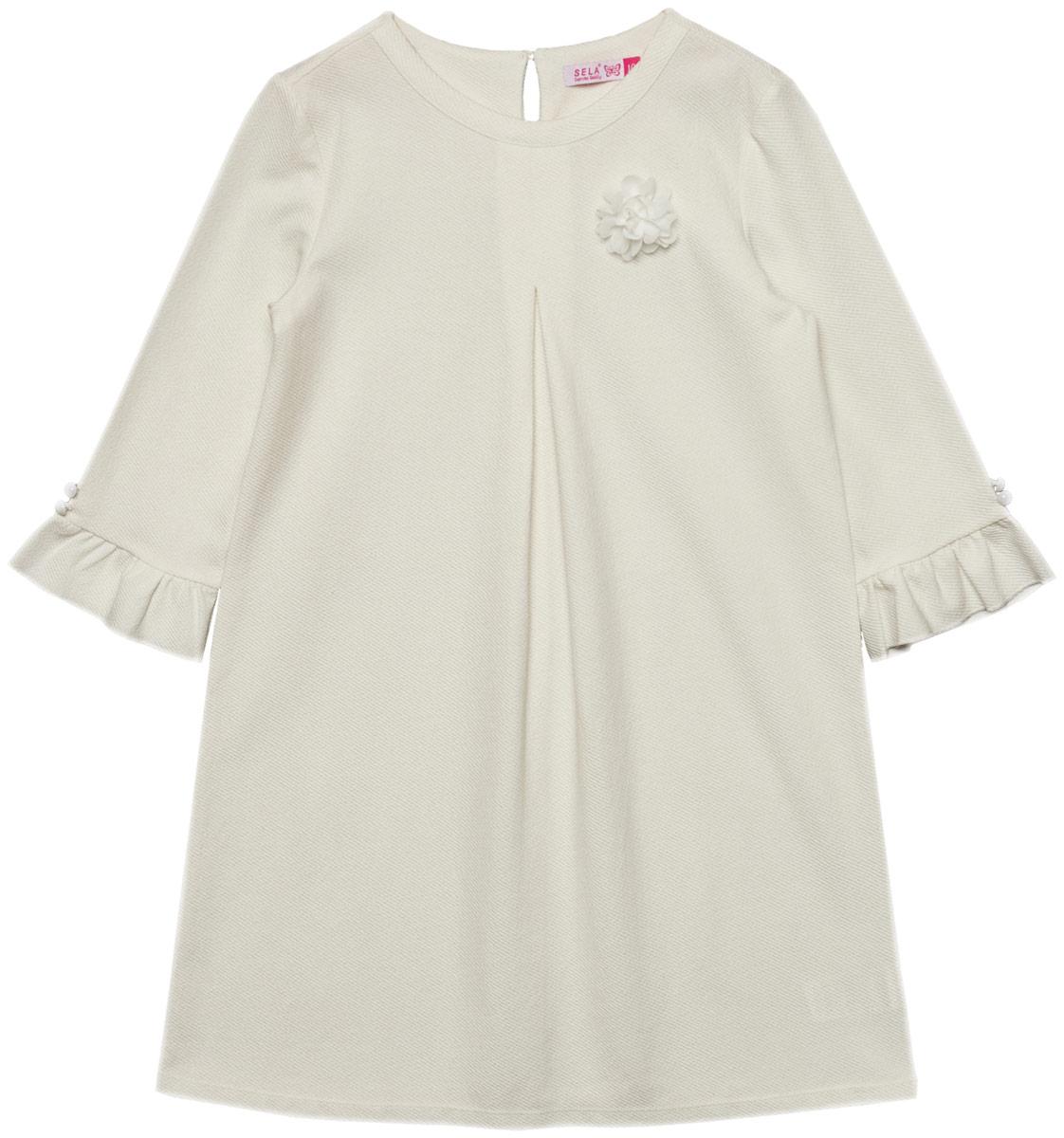 Платье для девочки Sela, цвет: белый. DK-617/885-8110. Размер 140DK-617/885-8110Платье для девочки Sela выполнено из качественного материала. Модель с круглым вырезом горловины сзади застегивается на пуговицу.