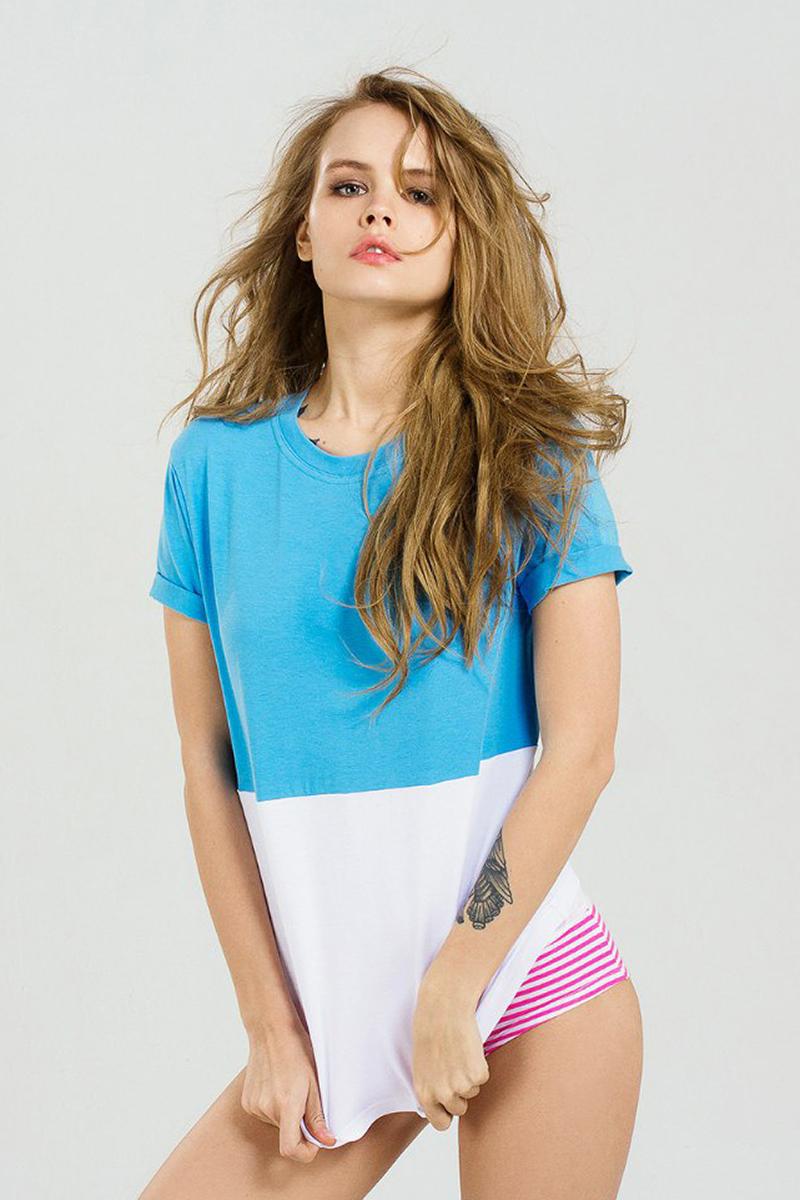 Футболка женская Eniland, цвет: синий, белый. 17121612. Размер S (42)17121612Двухцветная футболка Eniland выполнена из хлопка с добавлением эластана. Модель имеет короткие рукава с подворотами и круглый вырез горловины.
