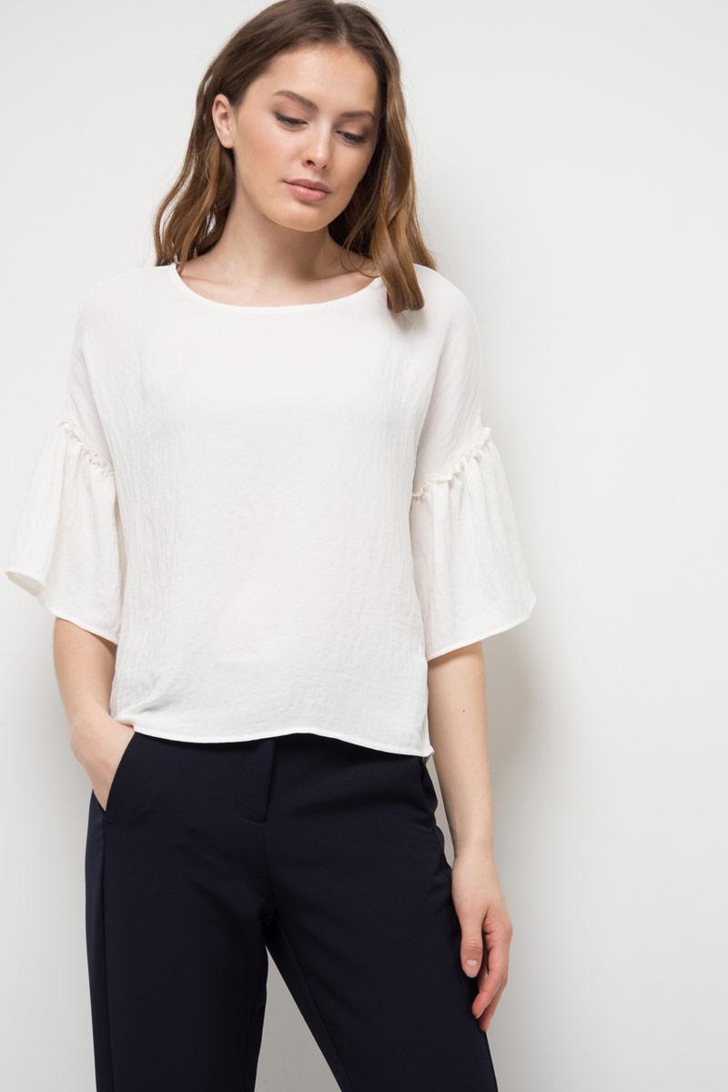 все цены на Блузка женская Sela, цвет: белый. Tws-112/528-8120. Размер 50 онлайн