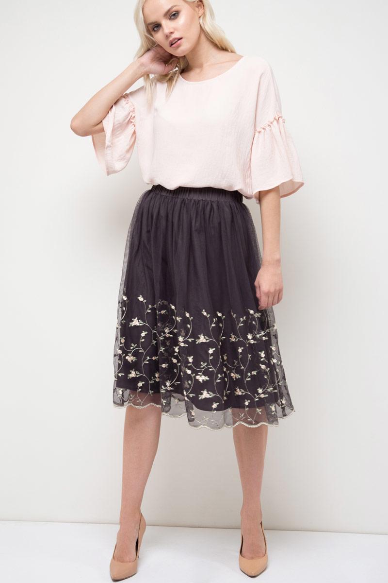 Блузка женская Sela, цвет: розовый. Tws-112/528-8120. Размер 44Tws-112/528-8120Блузка женская Sela выполнена из полиэстера. Модель с круглым вырезом горловины и короткими рукавами.