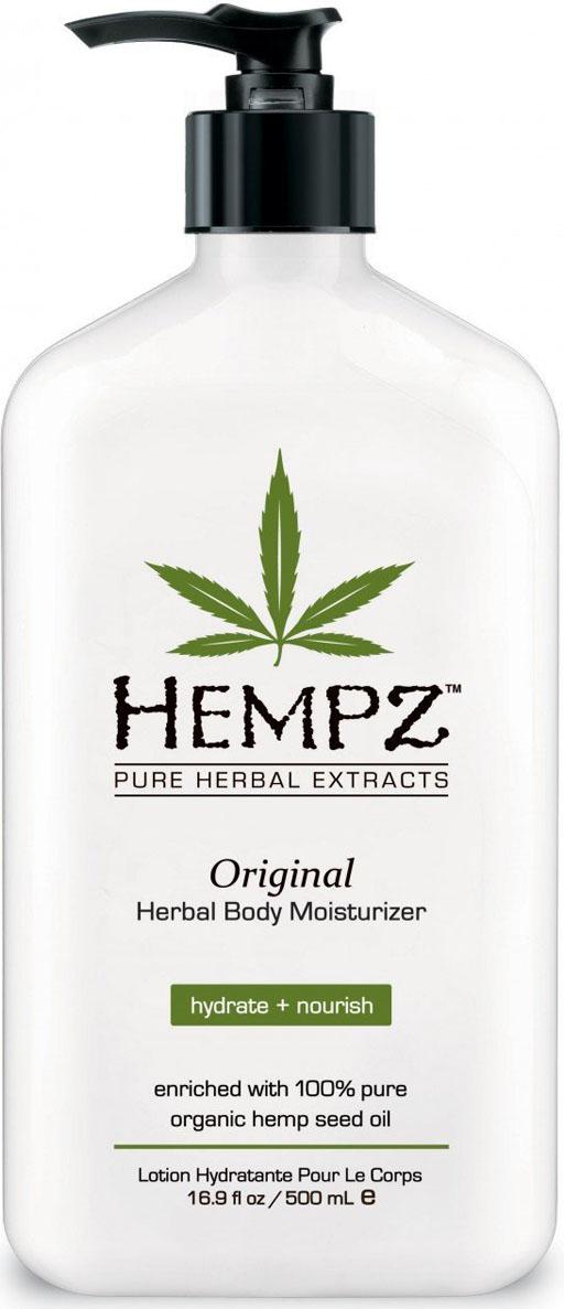Hempz Молочко для тела увлажняющее Оригинальное Original Herbal Moisturizer 500 мл110-1270-03Фрмула на основе масла и экстракта семян конопли, масла дерева ши и экстракта корня женьшеня повышает тонус кожи, успокаивает и смягчает. Витамины А, С и Е нейтрализуют агрессивное воздействие окружающей среды, а так же способствуют разглаживанию мелких морщин, защищают кожу от разрушительного действия свободных радикалов.Аромат: Свежий цветочный и Банан
