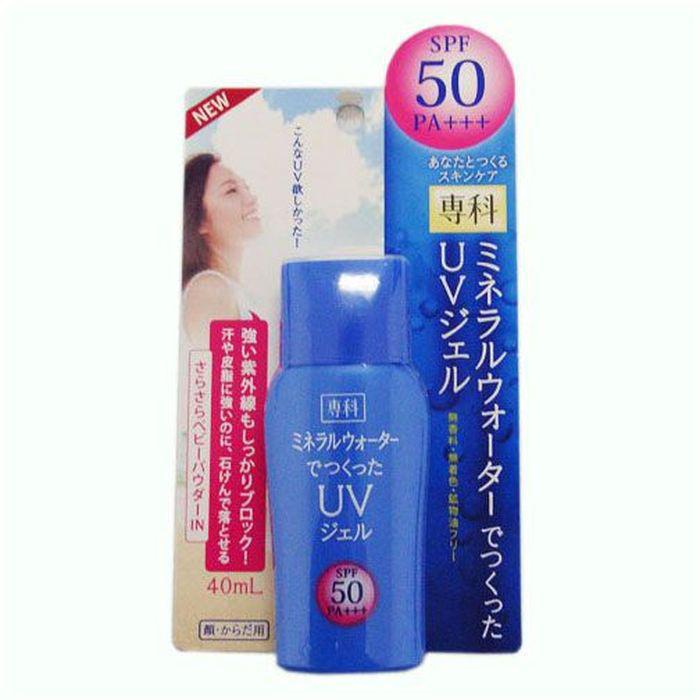 Shiseido Senka Солнцезащитный гель на основе минеральной воды SPF50 РА+++, 40 мл818952Солнцезащитный гель на основе минеральной воды надежно защищает от солнца и сохраняет кожу лица и тела гладкой и увлажненной. Имеет максимальную степень защиты и предохраняет кожу от ультрафиолетовых лучей типа А и В, предотвращая ожоги и сухость кожи. Защищает кожу от солнечных ожогов, потери эластичности, пигментных пятен и веснушек, вызванных воздействием солнца. Легко впитывается, и начинает действовать сразу после нанесения на кожу. Содержит в составе минералы, которые предотвращают появление белых разводов от средства на коже.